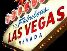 LAS VEGAS SIGN AT NIGHT – Nathan Allen, The Maniac of Magic – Comedian Magician Entertainer Entertainment – Des Moines, Iowa