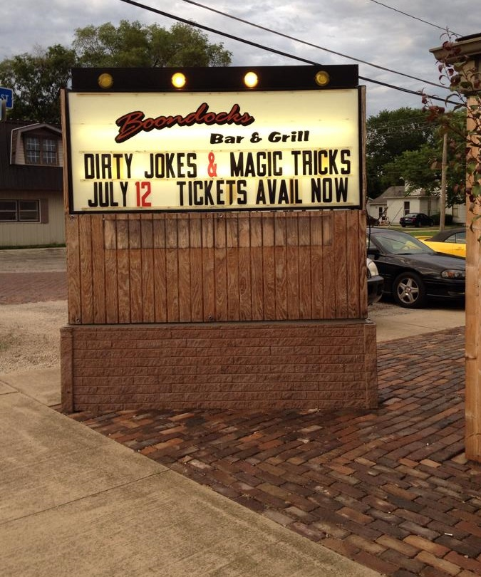 Boondocks Bar & Grill Gilman IL The Dirty Jokes & Magic Tricks Show